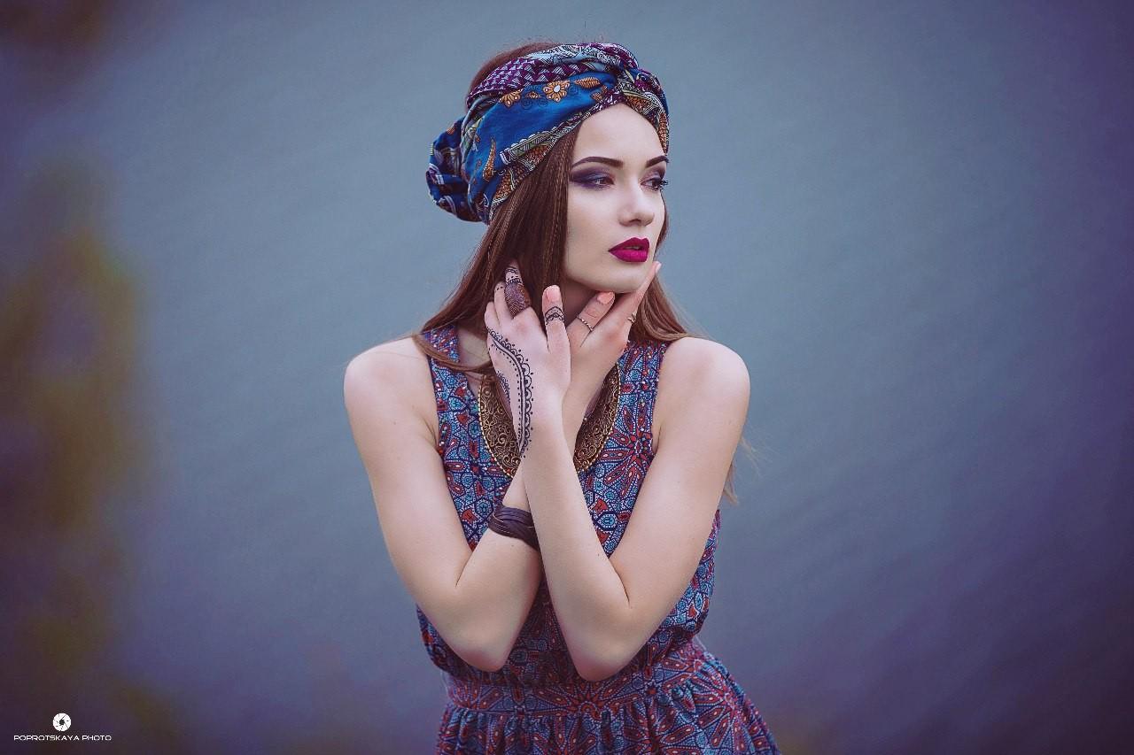 голос асаевой макияж для фотосессии в новосибирске самостоятельно подняться